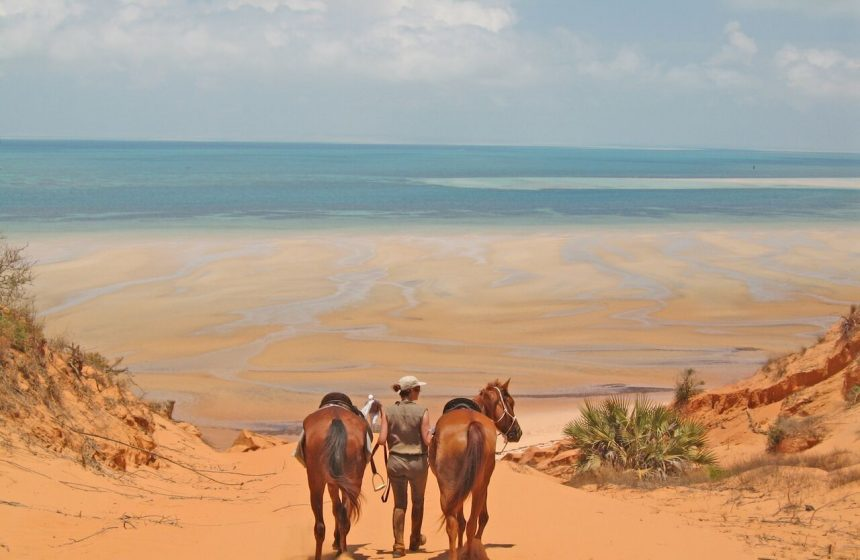 Horse bath, Indian ocean, Mozambique
